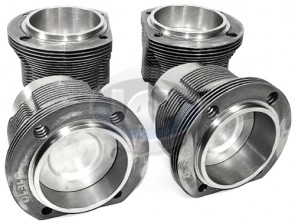 MAHLE Piston and Liner Set